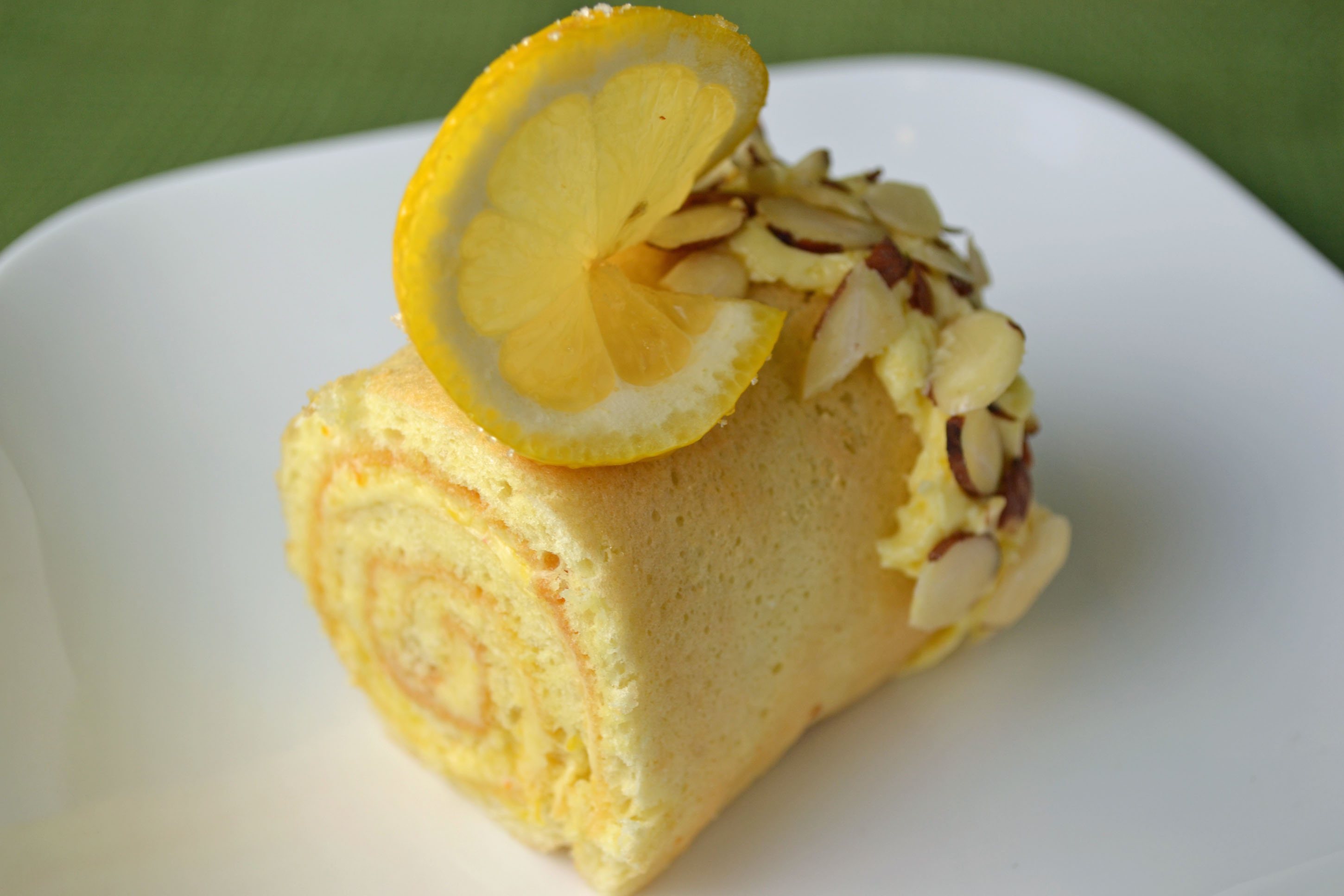 Lemon Cake Log